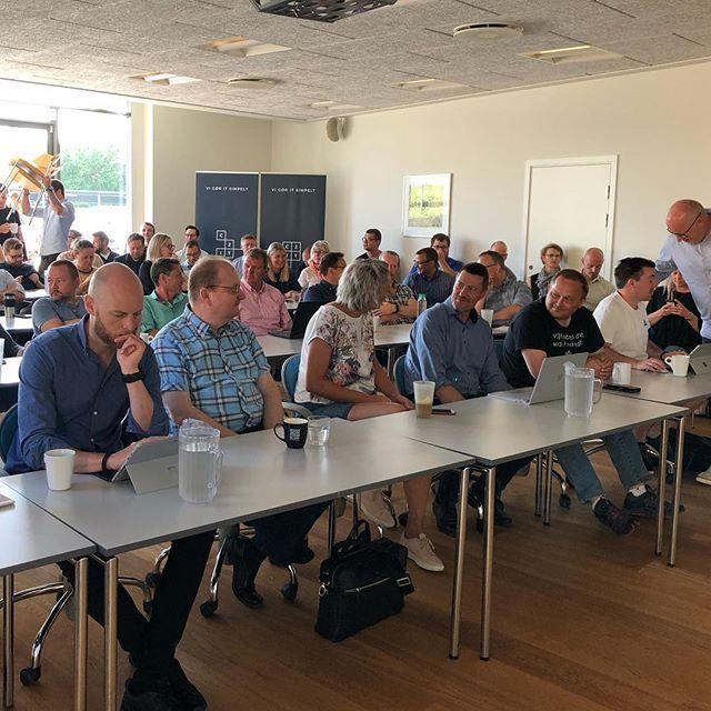 Klar, parat, start…. Samling på (næsten) alle C2IT'ter til fællesmøde i Kolding idag😊 #c2it #liveterforkorttil kedelige arbejdspladser