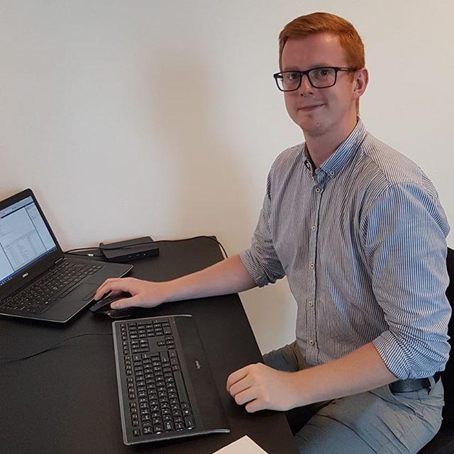 VELKOMMEN til studentermedhjælper Lars Sandahl Jensen på vores Aarhus kontor🙂 Lars er startet på Cand.merc. i Business Intelligence og hjælper vores team inden for ledelsesrapportering & dataanalyse. #c2it #businessintelligence #dataanalysis #aarhus
