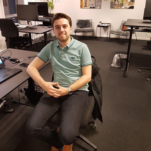Endnu et nyt ansigt… VELKOMMEN til Christian Lynge Ravnsbæk, der er startet som BI-konsulent på vores kontor i #aarhus Christian er nyuddannet cand.scient.oecon og nu en del af vores team inden for ledelsesrapportering og dataanalyse 📊🙂 #c2it #businessintelligence #data