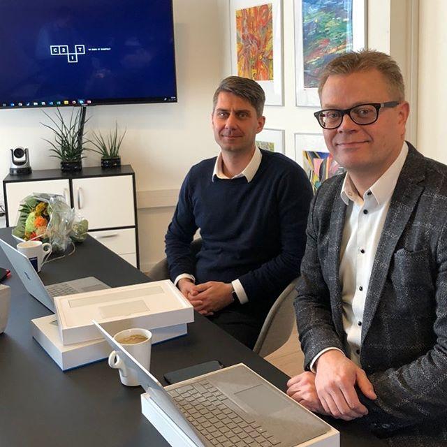 """Flere nye medarbejdere…. Her VELKOMMEN til seniorkonsulent Michael de Medici og salgschef Morten Jensen, som begge er tilknyttet vores lokation i Ballerup og skal hjælpe vores kunder på Sjælland med at gøre IT simpelt. Fokusområde er Outsourcing og drift af vores kunders IT-løsninger. Dette er sidste foto i serien """"VELKOMMEN til nye C2IT-medarbejdere i december""""… Dejligt at have jer alle med ombord🙂 #c2it #itoutsourcing #itdrift #itsupport #ballerup #sjælland #københavn"""
