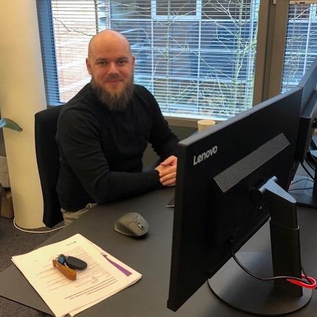 Endnu et nyt ansigt… VELKOMMEN til Mark Bové Kastrup, der er startet som konsulent i vores Microsoft Dynamics 365/Business Central forretning. Mark brænder for optimering af forretningsprocesser og digitalisering, og han er klar til at hjælpe vores kunder i det nordjyske ud fra vores nyåbnede kontor i Aalborg 🙂 👉 Skal du også med på vognen? Så send dit CV til os – vi har plads til flere dygtige kolleger i både Nord og Øst.  #businesscentral #nav #dynamics #microsoftdynamicsnav #erp #digitalisering #c2it #aalborg #nordjylland #sjælland #ballerup #welcome