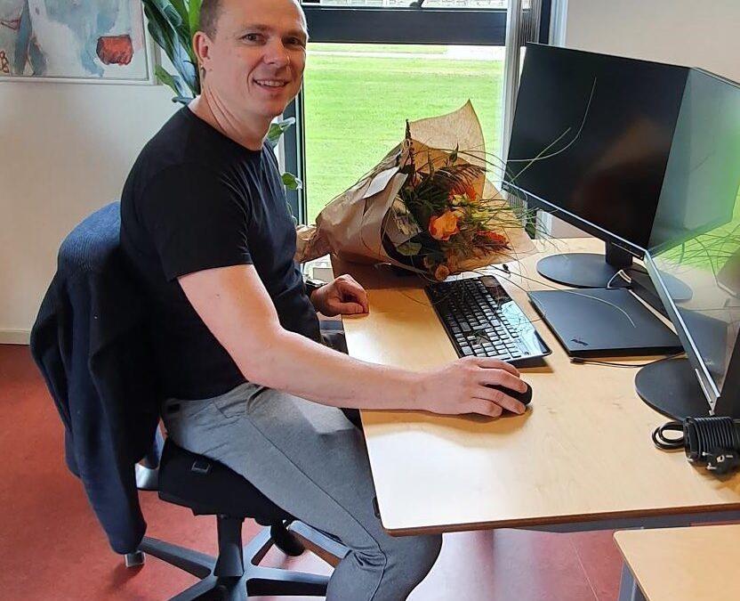 Vi snupper lige endnu en velkomst… så her den sidste af tre nye medarbejdere på vores Herning-kontor: VELKOMMEN til Morten Kjeldsen Andersen Morten er startet som seniorkonsulent i vores Microsoft Dynamics 365 forretning. Med i baggagen har han både erfaring med Dynamics Business Central/NAV og en god evne til at sætte sig i kundens sted. Dejligt med vækst i det vestjyske🤩 #microsoftdynamics365 #businesscentral #erp #digitalisering #welcome #c2it #herning